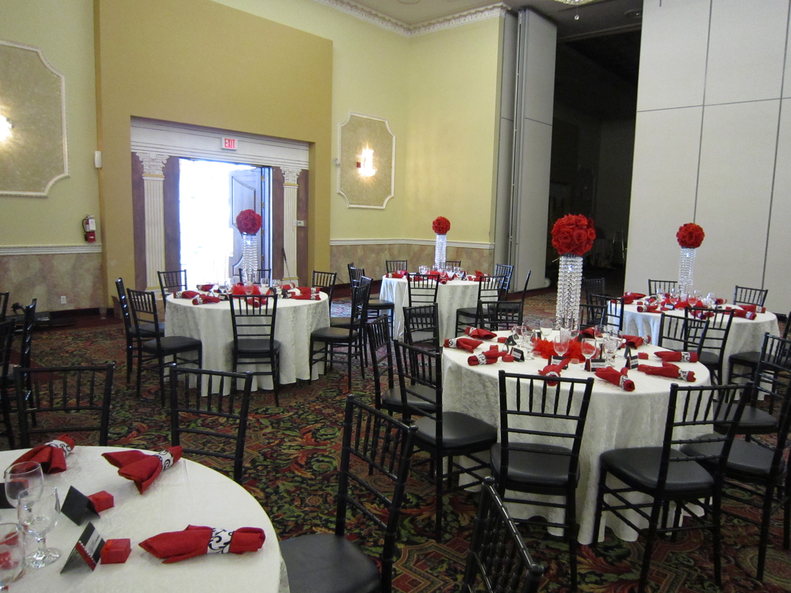Th Birthday Party With Red Rose Ball Crystal Centerpieces - Table decoration ideas for 18th birthday