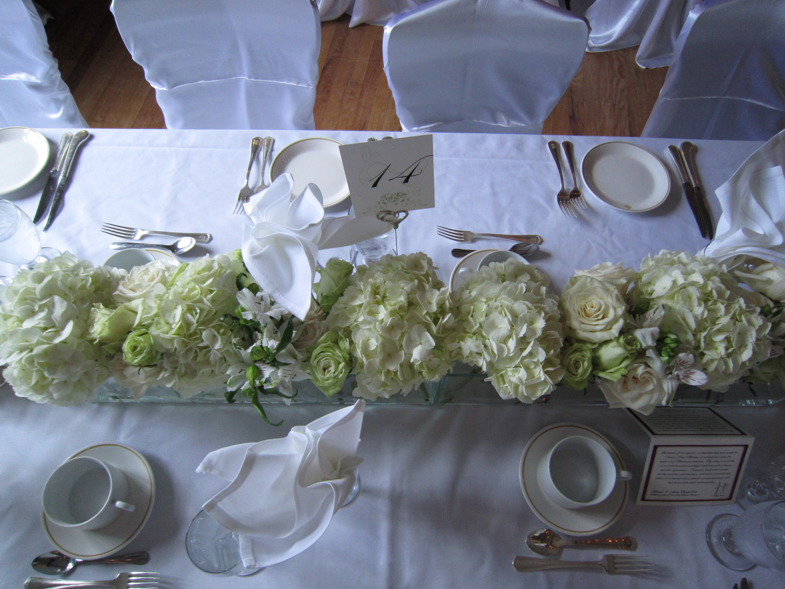 Rectangle centerpieces set the mood decor