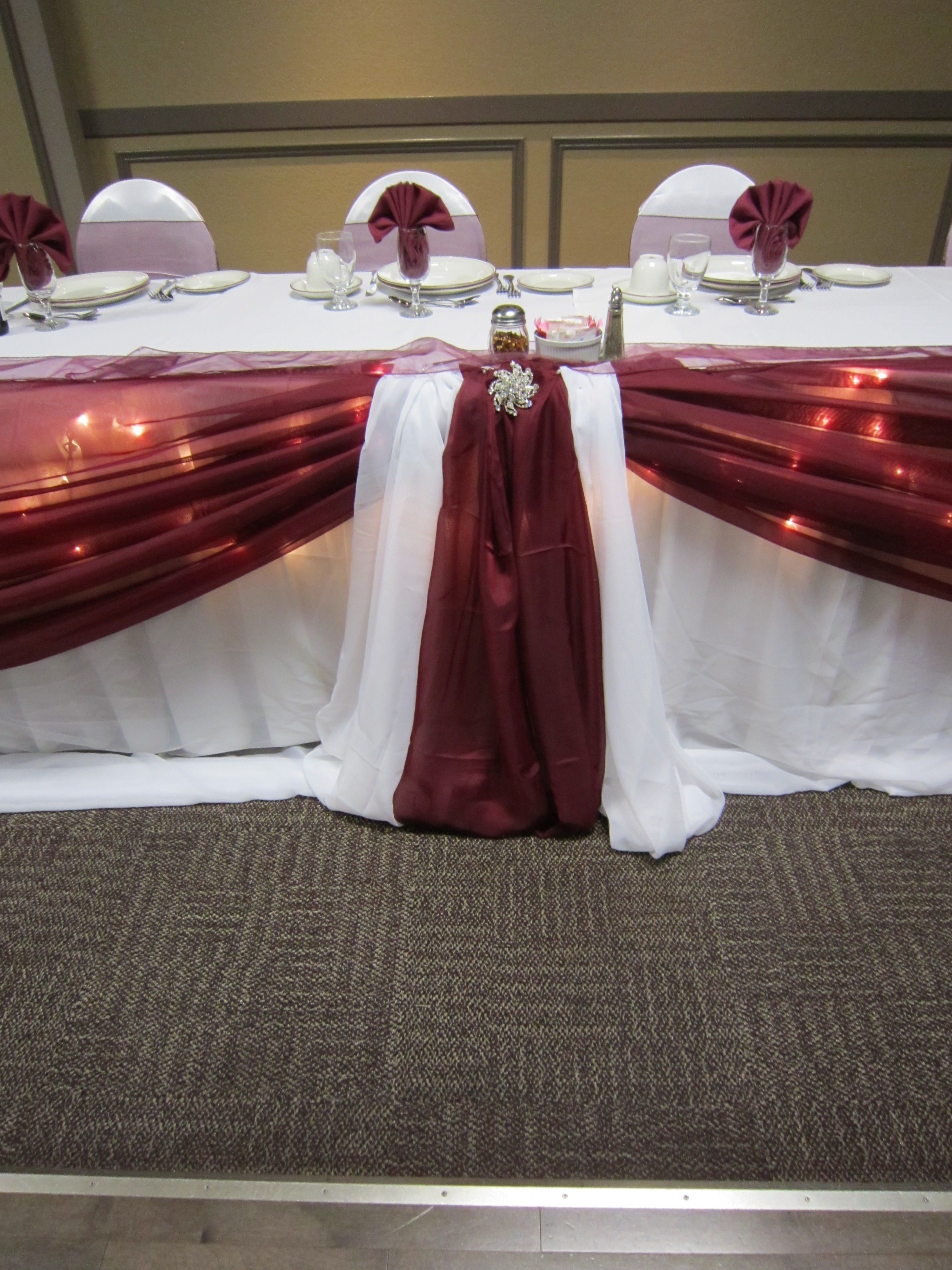 Head table with icicle lights set the mood decor aundrea 009 aundrea 015 aundrea 001 aundrea 007 junglespirit Images